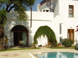 BEAUTIFUL CYPRIOT HOUSE