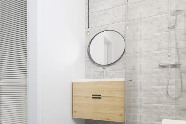kth-b-1-1-bathroom-0181073950-B41D-4F00-4F52-B15D6E2F40B3.jpg