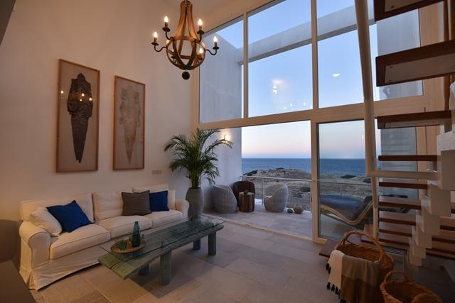 1+1 APARTMENT ON THE SEA FRONT